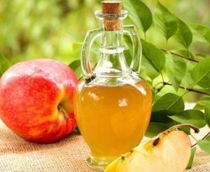Яблочный уксус – популярное средство против онихомикоза