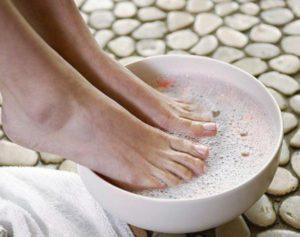 Шелушение кожи на пальцах ног причины