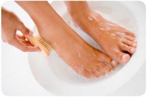 Ванночки для ног – предварительный этап перед нанесением мази