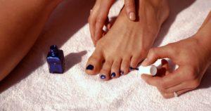 Самостоятельный педикюр – используйте качественную косметику