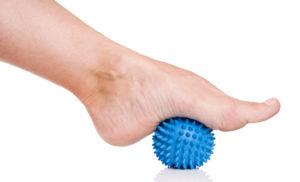 Стопа на мяче с шипами - восстановление после травмы
