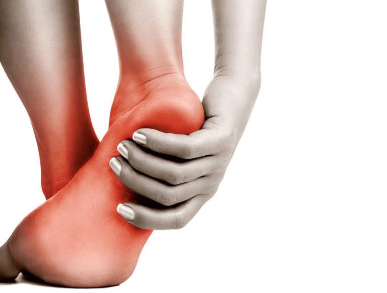 сильная боль в ноге в стопы подушечке всегда всегда