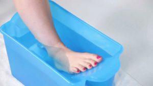Специальные ванночки для стопы против гигромы