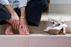 Неправильная обувь может стать причиной жжения в ступне