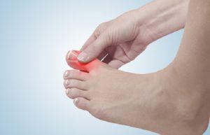 Воспаленный большой палец ноги