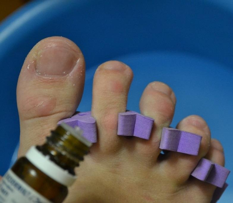 Подготовка к обработке ногтей каплями