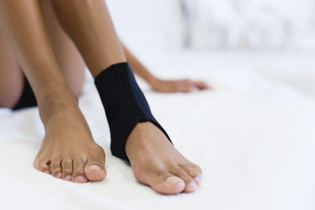 Фиксатор для голеностопного сустава как выбрать