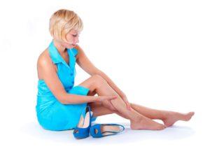 Ношение тесной и неудобной обуви