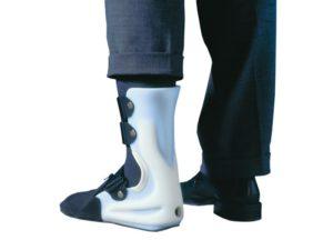 Жесткий фиксатор ноги