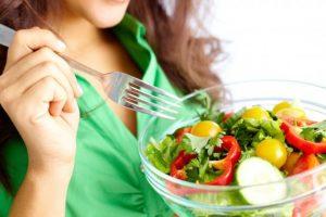 Беременным нужно правильно питаться
