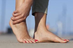 Боль при подворачивании ноги