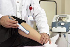 Физиотерапия при растяжении связок голеностопа