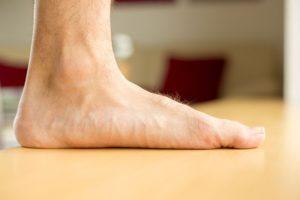 Ревматоидный артрит голеностопного сустава— как лечить?