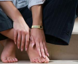 Боль в области голеностопа во время ходьбы