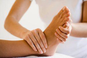 Массаж ног для лечения и профилактики контрактуры