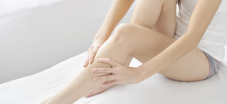 Болят икры ног у женщин причины лечение