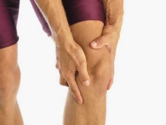 Болит голень ниже колена спереди