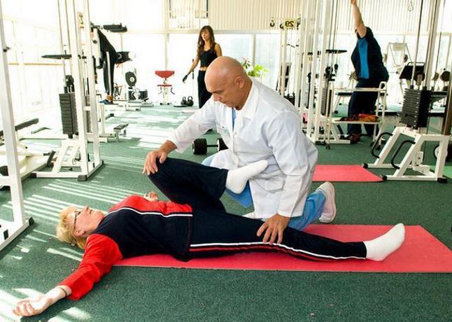 Упражнения для коленных суставов для пожилых людей 85