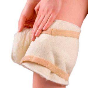 Шерстяной наколенник при артрозе коленного сустава