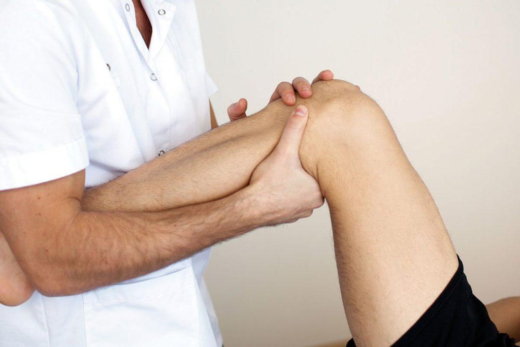 Лечение артроза коленного сустава в домашних условиях: компрессы с димексидом и озокеритом