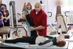 Как приседать когда болят колени