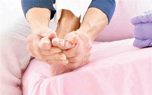 Почему болит правая нога ниже колена и мерзнет thumbnail