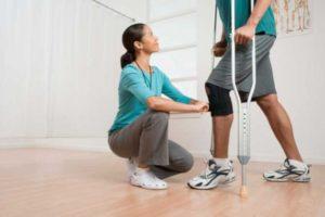 Как научиться ходить после перелома колена