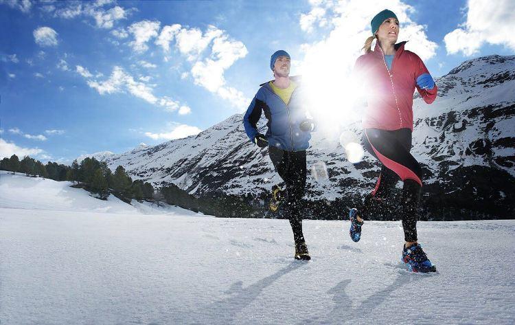 Почему осенью и зимой болят суставы и что делать, если болят суставы от холода