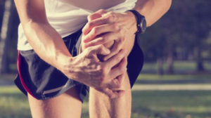 Боль в коленном суставе: причины боли при сгибании колена, при ходьбе