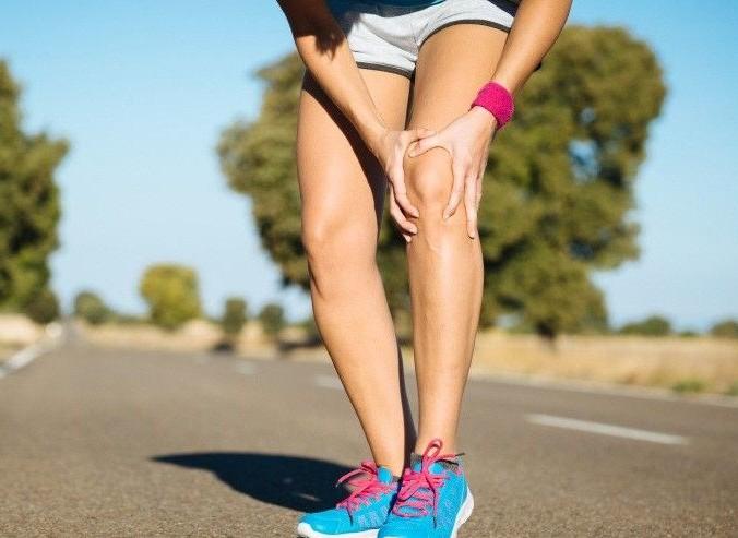 Боль в колене после бега: причины возникновения, профилактика