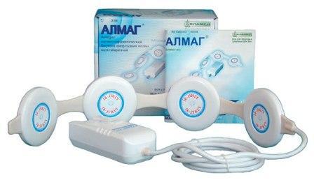 АЛМАГ при артрозе тазобедренного сустава: преимущества использования, противопоказания, модели приборов и отзывы
