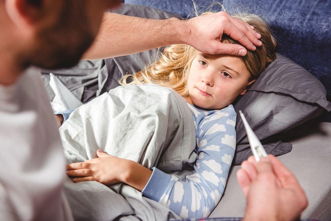 Температура и боль в животе у ребенка