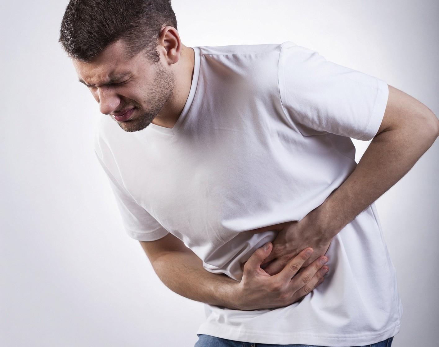 Что означает боль в левом боку у мужчин?