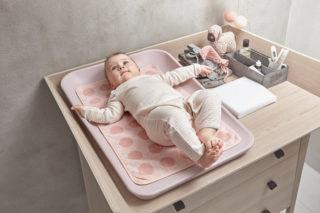 Идеально подготовленное место для массажа животика ребенка