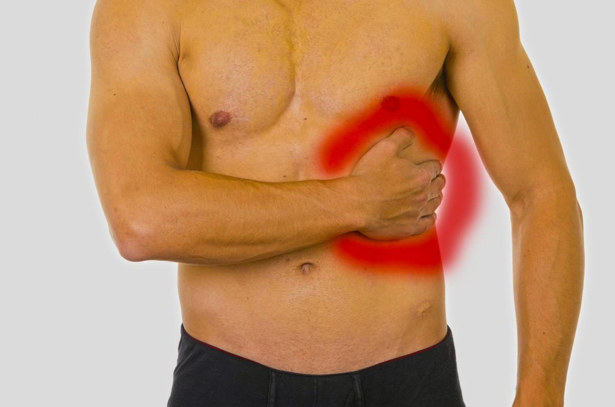 Колет в левом боку: почему колет под сердцем у мужчин при ходьбе или что делать при резкой боли внизу живота у женщин при беременности