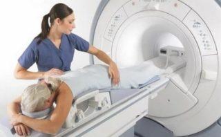 Жжение в грудной клетке: причины и методы терапии