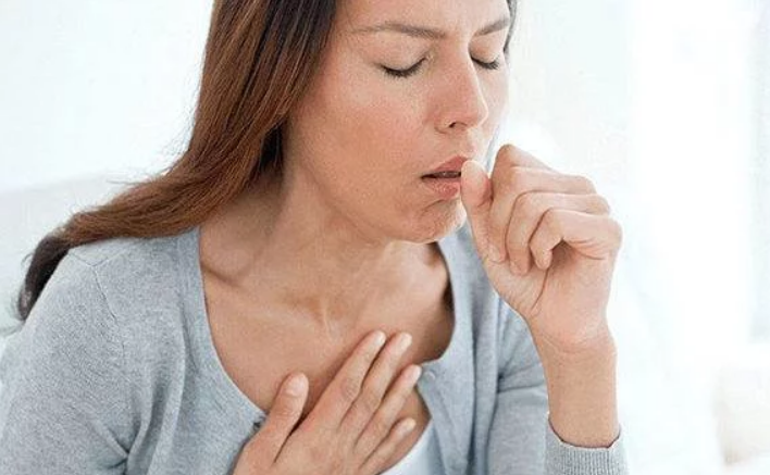 Боль в грудной клетке и сухой кашель без температуры, диагноз, как лечить