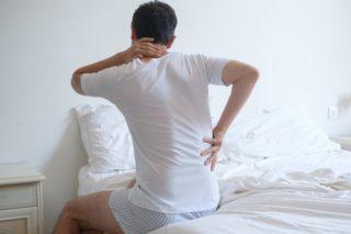 После сна болит спина в области поясницы
