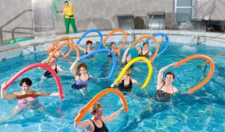 Как правильно плавать в бассейне для позвоночника