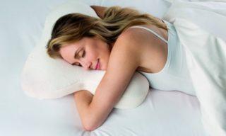 Как правильно спать: положение для позвоночника во время сна