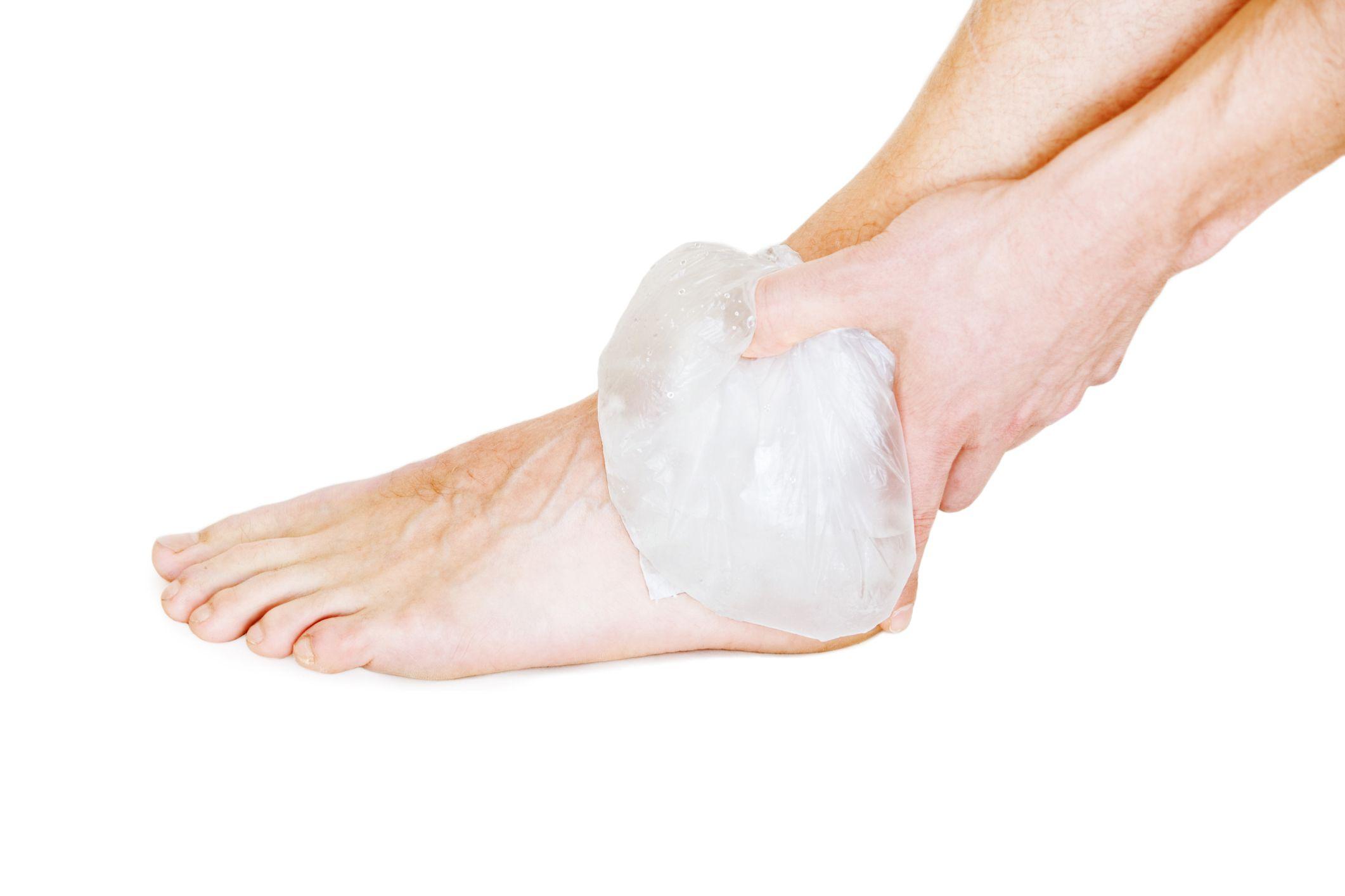Растяжение связок кисти руки: лечение
